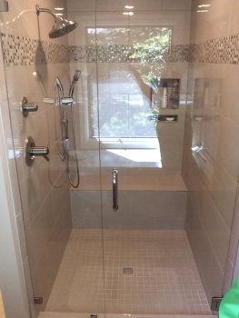 shower-with-glass-front